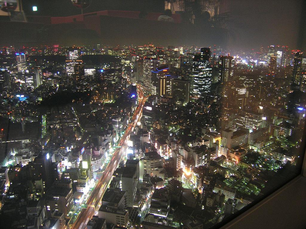 東京における緊急輸送道路沿道建築物の耐震化を推進する条例
