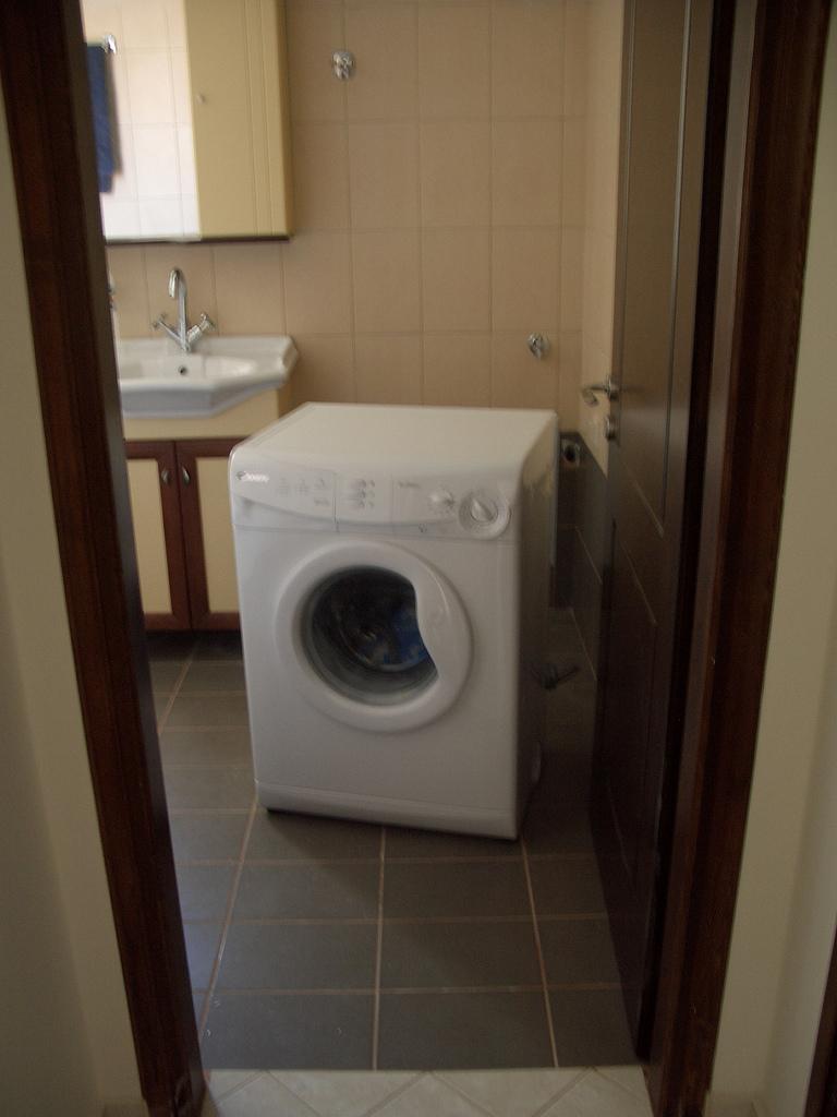 洗濯機を接続する蛇口について