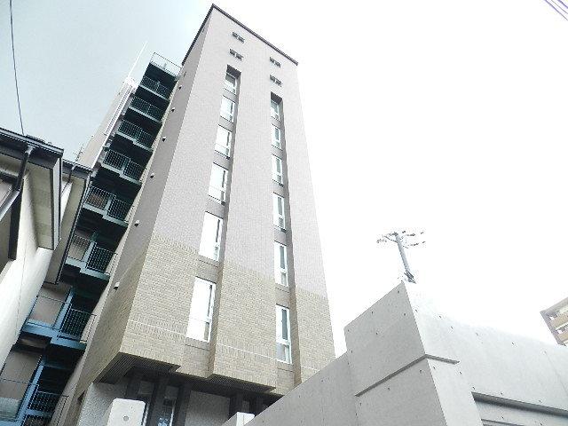 違法建築【7階で申請→勝手に9階】既に賃貸で入居済み