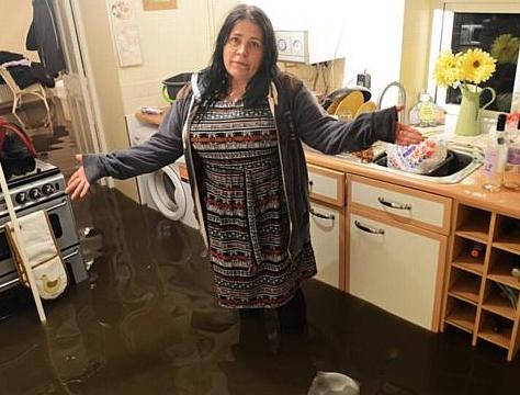 キッチン水浸し