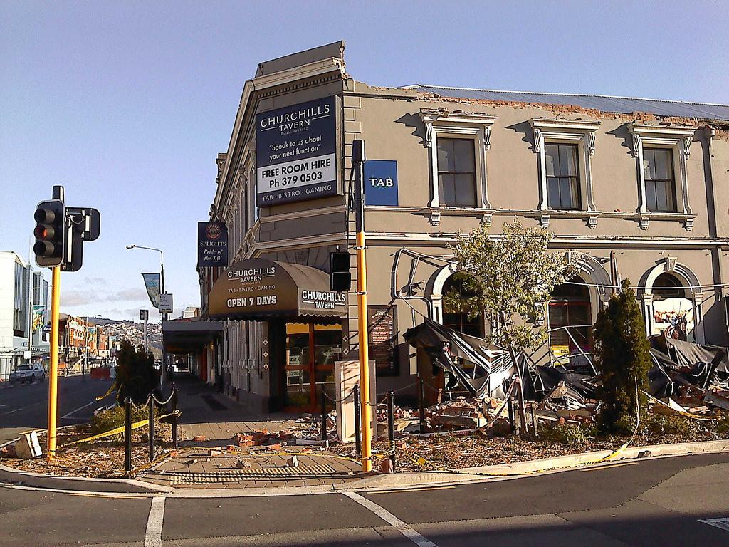 地震で被害のあった建物